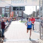 First Icelander to Run 10K in Under 30 Minutes