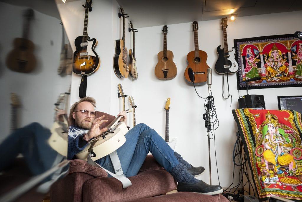 guitarist ómar guðjónsson