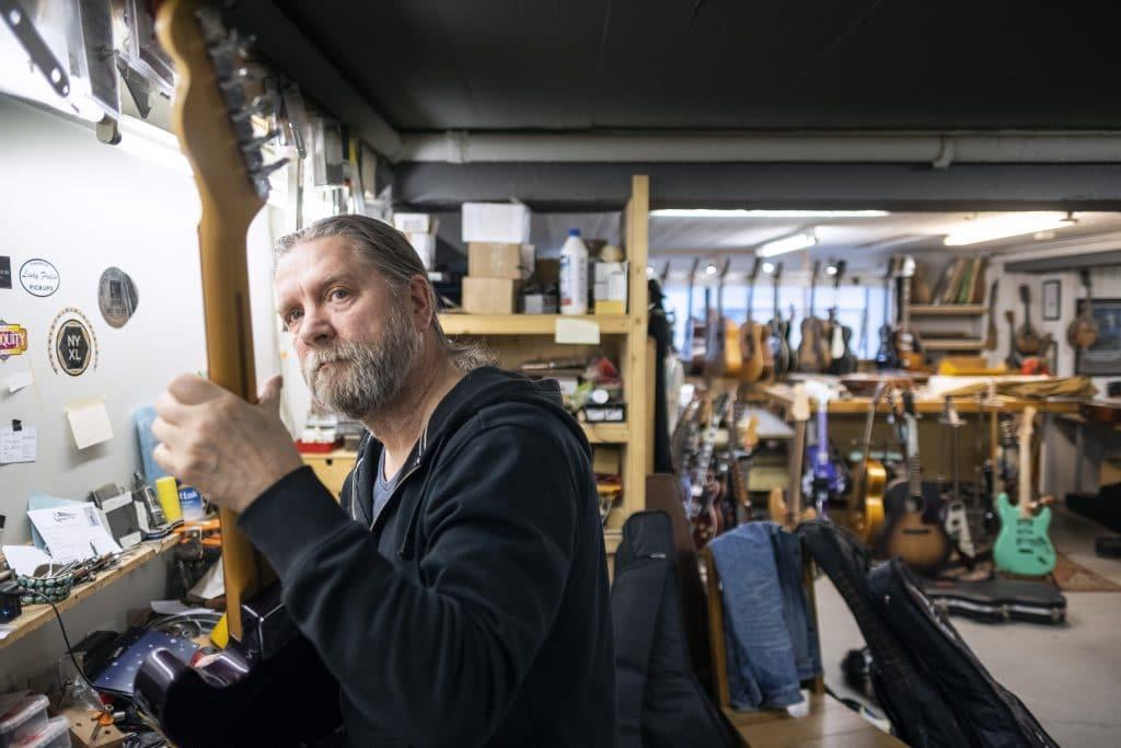 Luthier Gunnar Örn