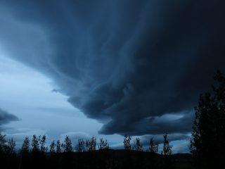 Icelandic Met Office Predicts Stormy Weather Tomorrow