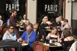 Cafe Paris patio Reykjavík