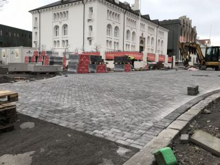 Hverfisgata to Reopen in November After Two-Month Delay