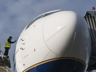 Icelandair Secures Additional Compensation from Boeing